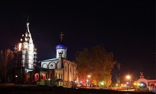 Ночная съемка храма